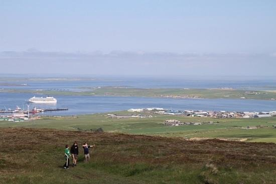 Orkney Aspects Tours: Add a caption