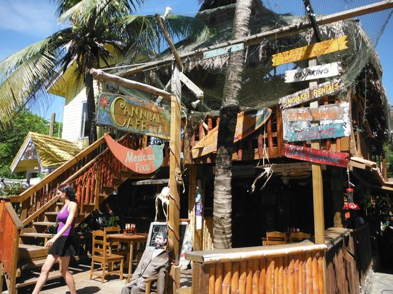 Cannibal Cafe Roatan West End