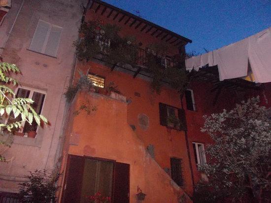 arco degli acetari - notte - Picture of Arco degli Acetari ...