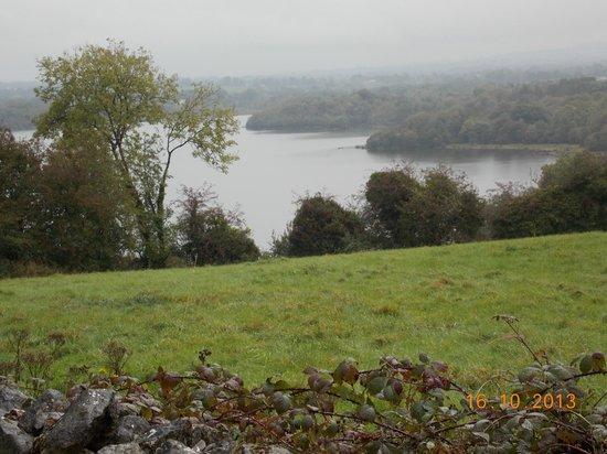 Ross Castle B&B: View of Lough Sheelin