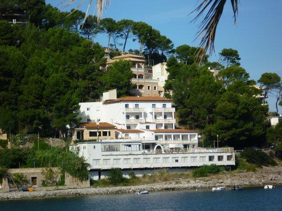 Citric Hotel Soller: Blick aufs Hotel, über die Bucht