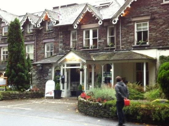 The Wordsworth Hotel and Spa: Front of hotel