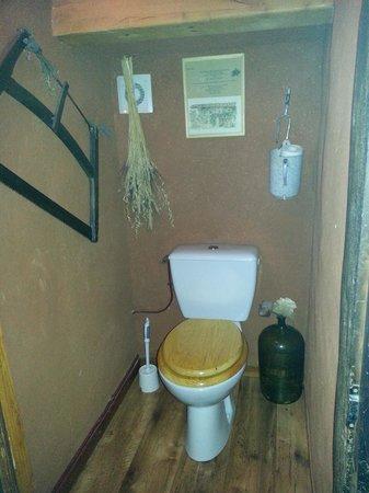Le Chanelou: toilettes