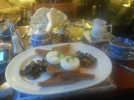 Beaufort Guest House: Full Welsh breakfast