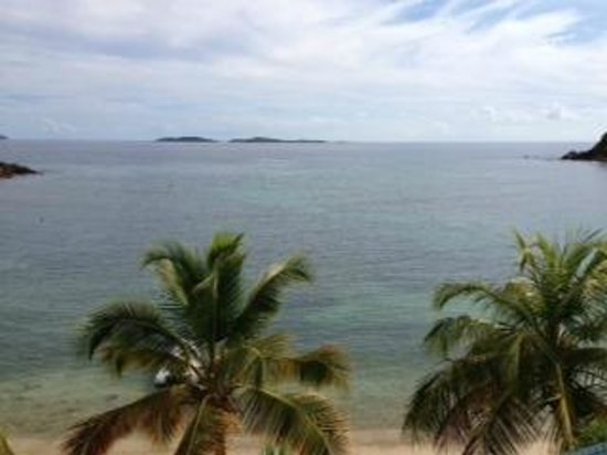 Bolongo Bay Beach Resort: The view from our room