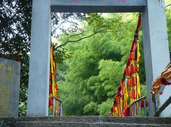 Emerald Valley : Bridge