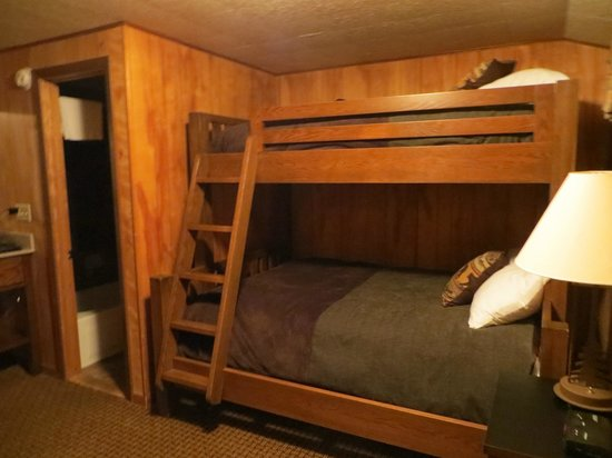Grand Lake Lodge: Not very comfortable bunks