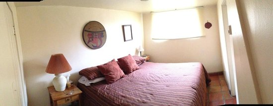Pueblo Bonito Bed and Breakfast Inn: The Bedroom