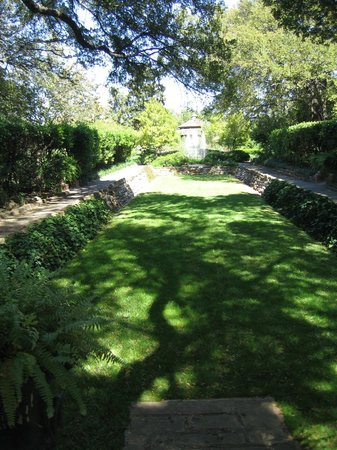 Bowling green - Picture of Chandor Gardens, Weatherford - TripAdvisor