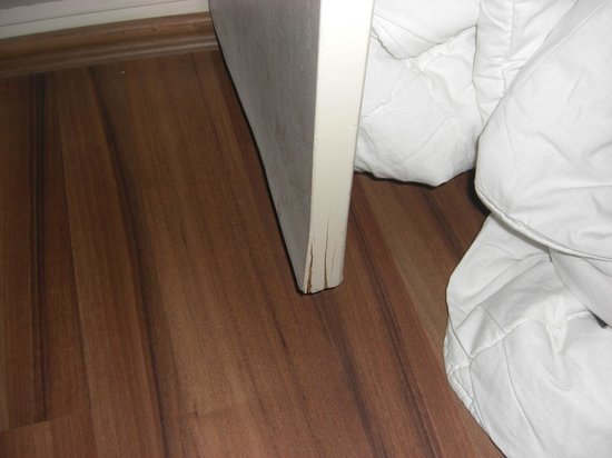 Green Anka Hotel : Aufgequollene, verwohnte Möbel