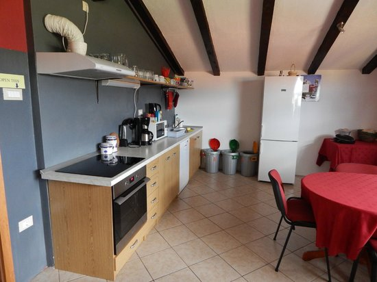 Hostel Ociski Raj: Kitchen
