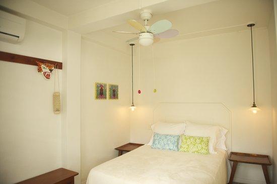 Hotelito Solidario Casa del Rayo Verde: Habitaciones / Rooms