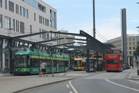 Ibis Budget Dresden City: Возле отеля