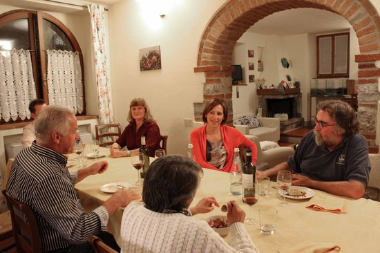 Borgo Lecchi B&B : Best meal of my life with lively characters