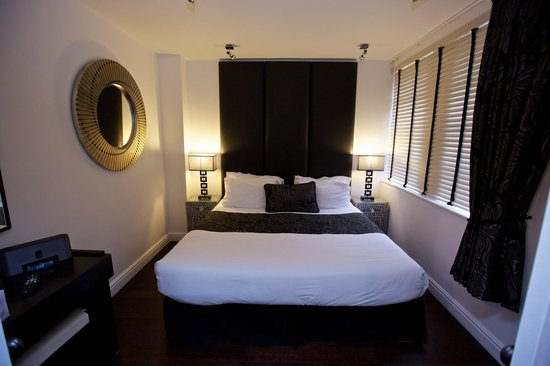 Strozzi Palace Boutique Suites by Mansley: Bedroom