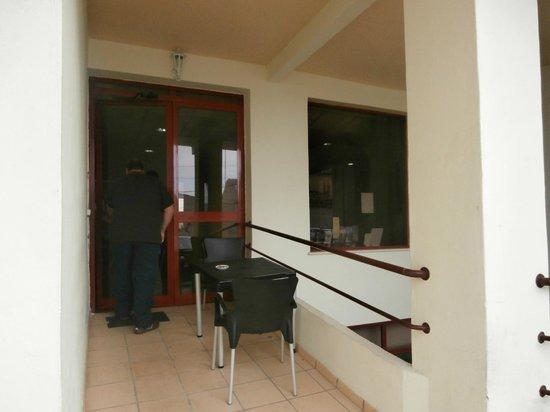 BEST WESTERN Hotel Dom Bernardo : rear entrance