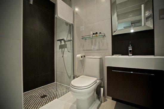 Strozzi Palace Boutique Hotel Suites: Bathroom