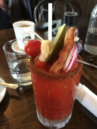 Chez Eric Cafe Bistro: And a Caesar for Brunch!