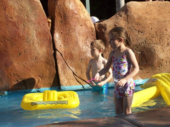 Hotel Villamarina Club: kids pool