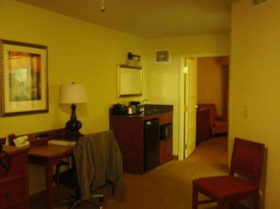 Country Inn & Suites By Carlson, Chattanooga at Hamilton Place Mall: FRIDGE