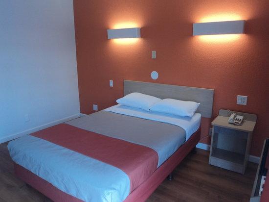 Motel 6 Albuquerque Northeast : Guest Room