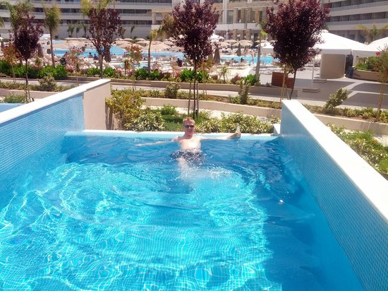 Princess Andriana Resort & Spa : Private pool