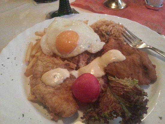 Macedonia Restaurant: En av husets rätter...