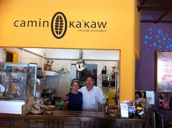 Camino Ka'kaw: La chef y el propietario