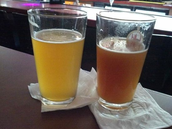 "Old Harbor Brewery : Coquí ""light lager"" and seasonal ""Oktoberfest"""