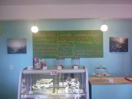 Cornucopia Sweet Shoppe: Inside.