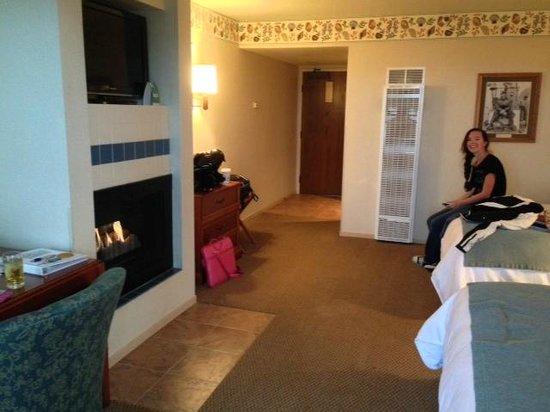 456 Embarcadero Inn & Suites: #310