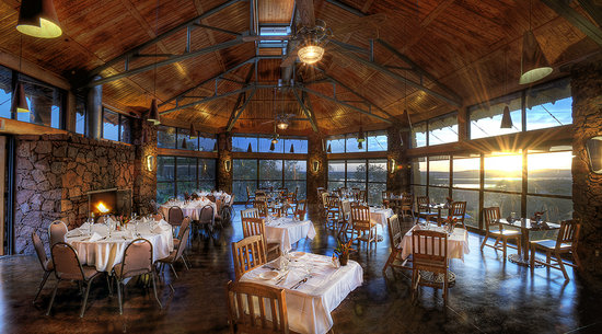The Overlook Restaurant at Canyon of the Eagles