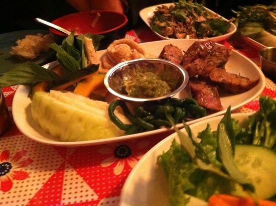 Pok Pok NY: sausage and sides