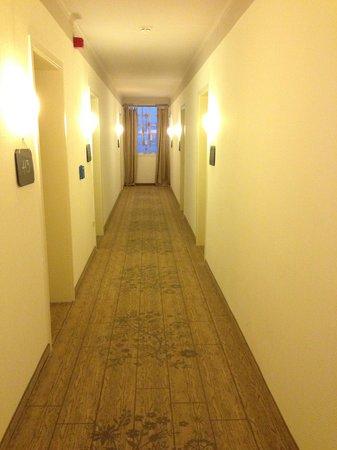 Grenzhof Hotel: Hotelflur