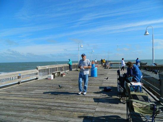 The pier picture of sandbridge little island fishing for Fishing virginia beach