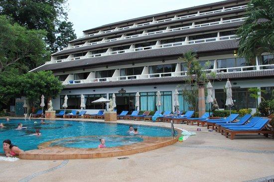 Orchidacea Resort : бассейн в отеле