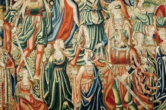 Museo De Tapices Y Capitular De La Seo : Uno de los tapices