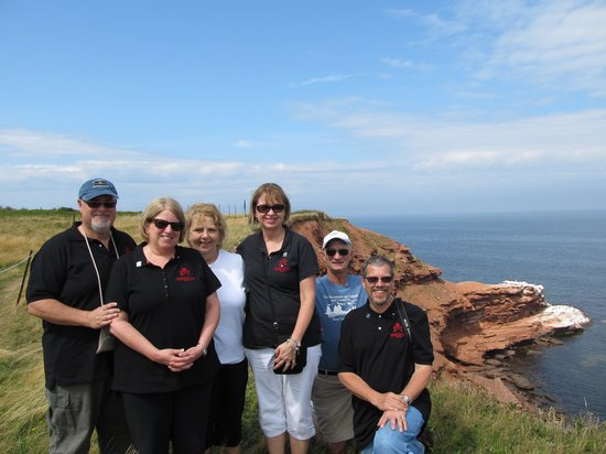 Take the Island Adventure Day Tours: on the cliffs of PEI