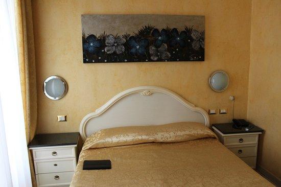 Hotel Antico Distretto: Stanza da letto