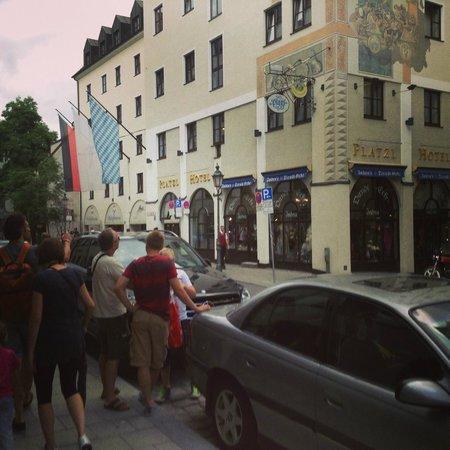 Platzl Hotel: Great location