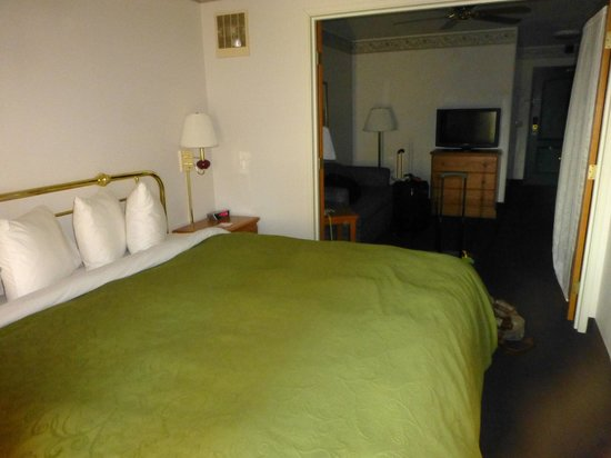Country Inn & Suites By Carlson, Big Flats (Elmira): King Suite