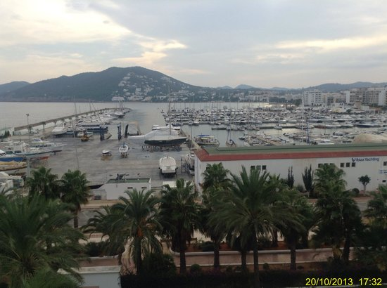 Aguas de Ibiza: View of the nearby Port from room 405