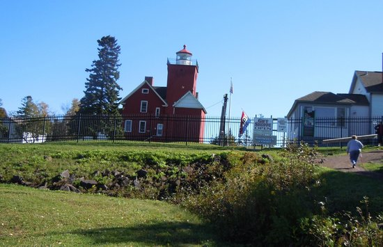 Two Harbors Lighthouse: View of the lighthouse from the parking lot