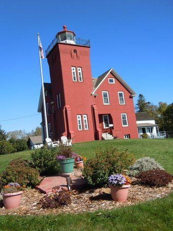 Two Harbors Lighthouse: View of the lighthouse from the front yard