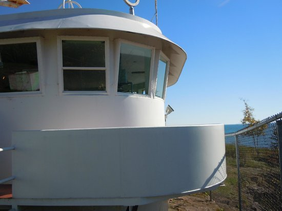Two Harbors Lighthouse: Pilothouse of the Frontnac