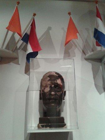 Musée de la Résistance : Busto de Hitler
