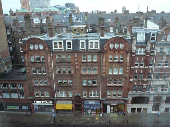 Park Plaza Victoria London : vista dalla finestra del settimo piano 1