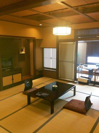 Konaya Hotel Urban Villa : 露天風呂付和室