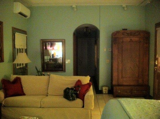 A Stone's Throw Bed and Breakfast: La vita e Bella room