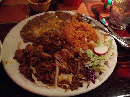 Miguel's Cocina : Yummy carnitas!
